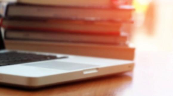 Jakiego laptopa tak naprawdę potrzebujesz do pracy na studiach?