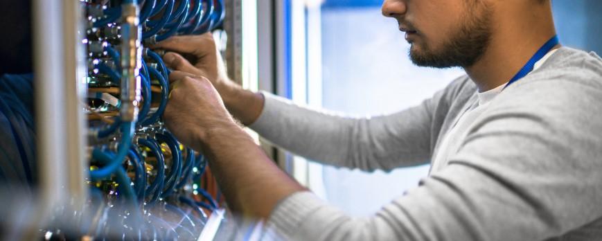 Jak wybrać serwer do firmy?