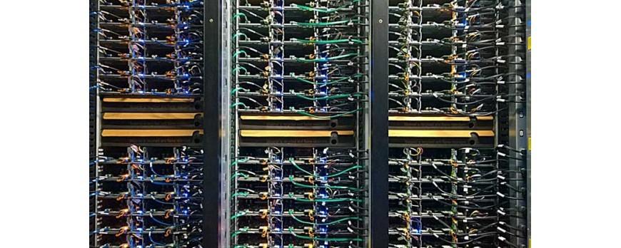 Kilka rzeczy, które warto wiedzieć zanim zdecydujesz się kupić refabrykowany serwer do swojej firmy…